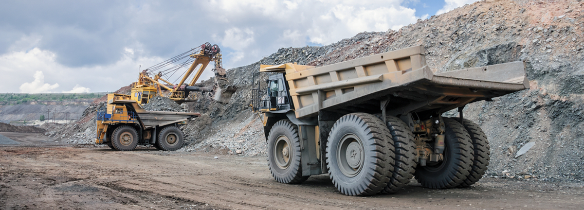 10 steps to secure your heavy equipment during the holiday