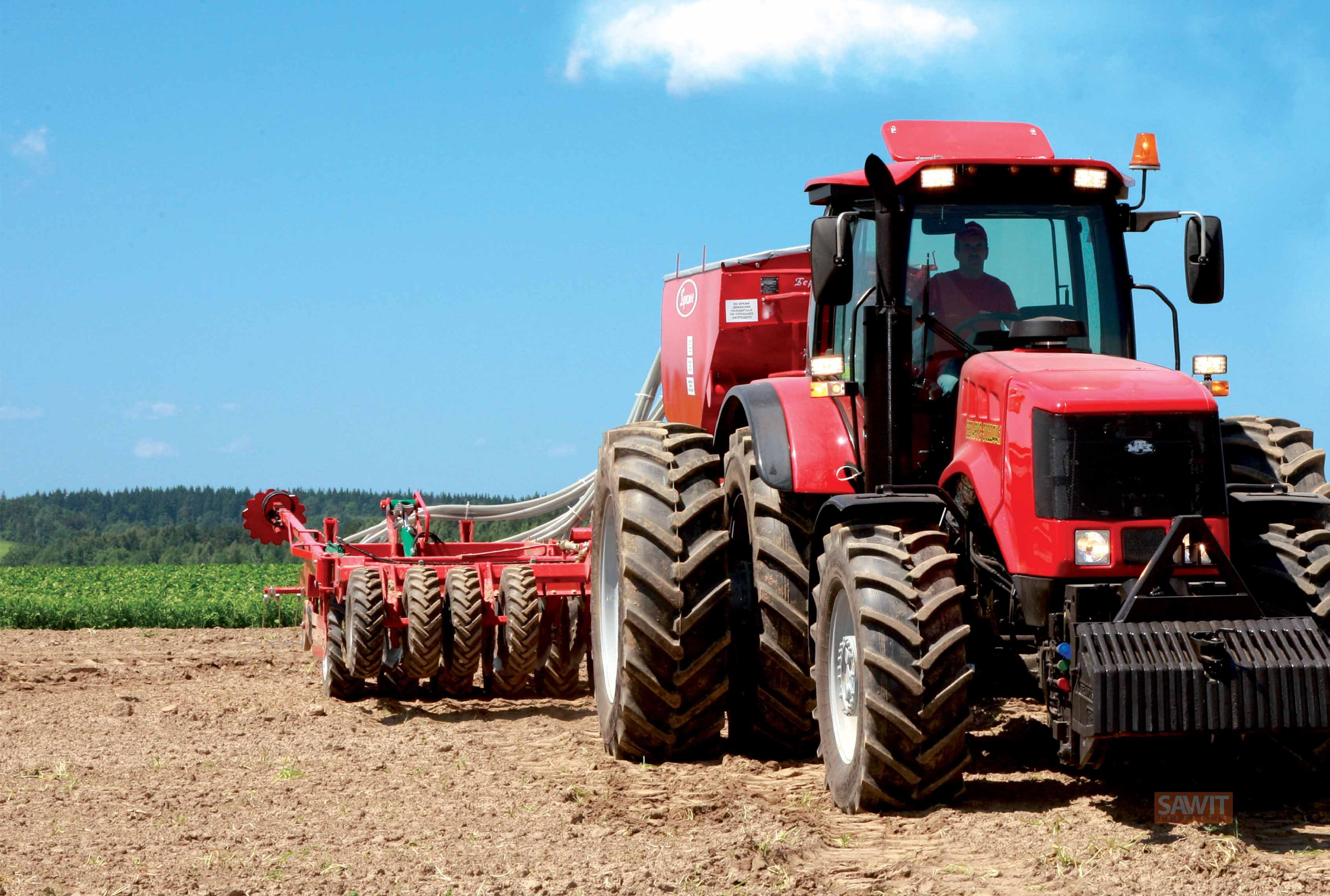 traktor ( sawit indonesia online )